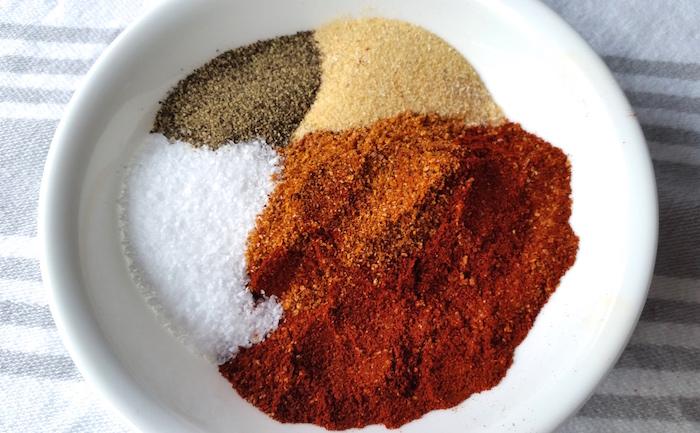 chicken paprika spices