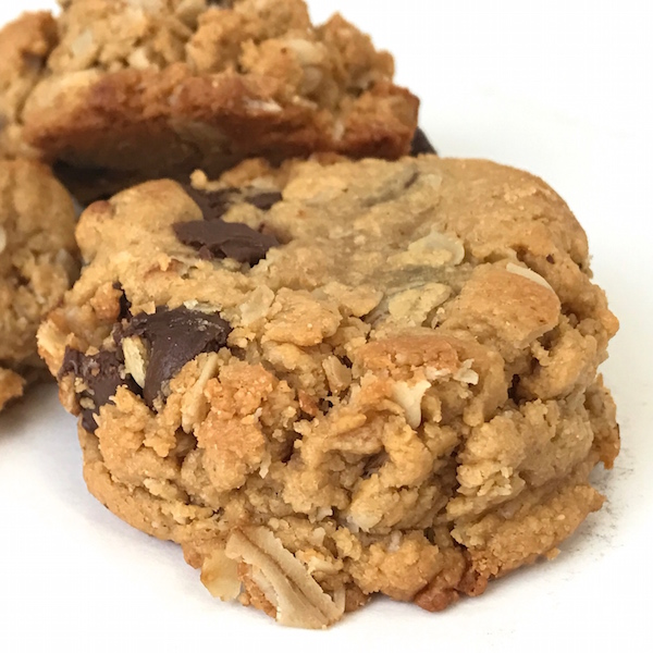 Best Peanut Butter Oatmeal Chocolate Chip Cookies